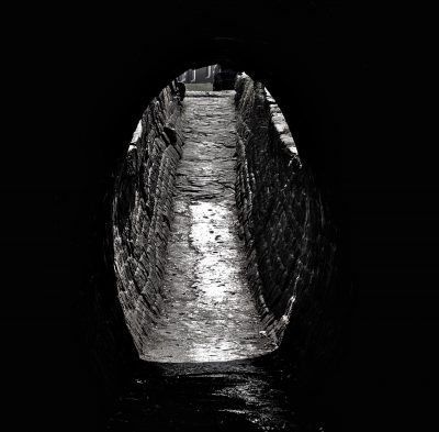 marple locks canal tunnel