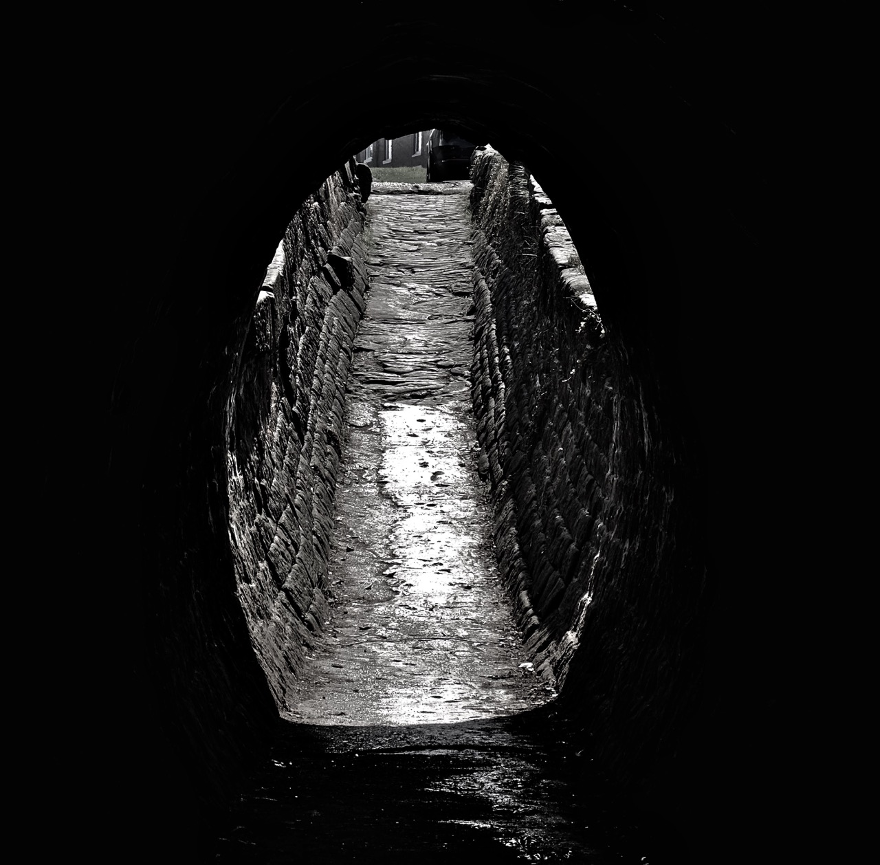 marple locks canal tunnel
