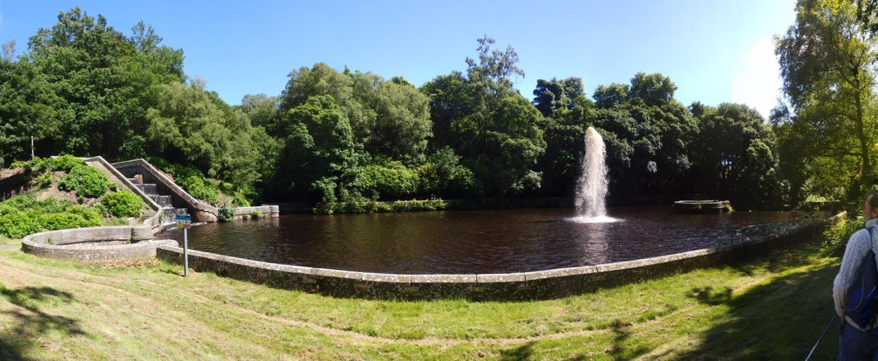 castle carr fountain 2017