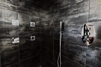 luxury surround shower